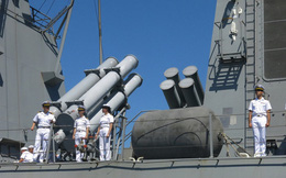 Hình ảnh: Hai tàu Hải quân Hàn Quốc thăm Đà Nẵng