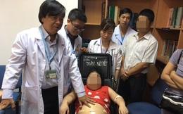 Bé gái 11 tuổi nặng 50kg, mọc lông nhiều vì hội chứng bệnh hiếm gặp