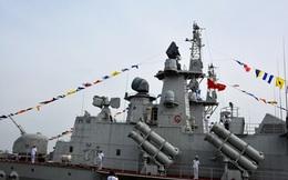 [ẢNH] Bàn giao và thượng cờ hai tàu tên lửa hiện đại 382 và 383