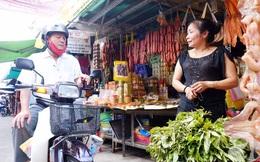 Chuyện cô Ick Bư và sạp hàng khô bé xíu xiu mà nổi danh nhất chợ Hồ Thị Kỷ Sài Gòn