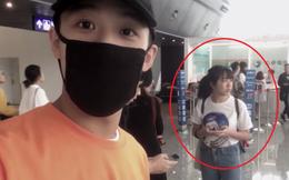 Chàng trai bí mật đặt mua vé máy bay để tiễn bạn gái đi du học gây bão mạng