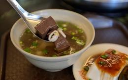 """Món ăn bổ thận ích tinh, chữa táo bón """"nức tiếng"""" Đông y chỉ với những nguyên liệu dễ kiếm"""