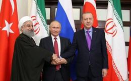 """Tổng thống Nga Putin """"tả xung hữu đột"""" vì Syria"""