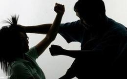 Miễn cưỡng kết hôn với người từng cưỡng hiếp mình, người phụ nữ bị bạo hành suốt 30 năm