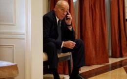 Nhà Trắng có thể cấm nhân viên dùng điện thoại di động