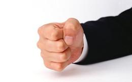 Nắm chặt tay 30 giây, buông ra và quan sát: Cách kiểm tra mạch máu có bị tắc nghẽn
