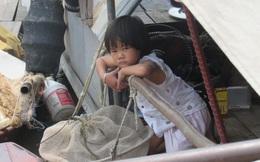 Tết Thiếu nhi trong mơ của những đứa trẻ trên bãi giữa sông Hồng