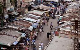 Khu chợ rách nát, bát nháo giữa đường ở trung tâm Sài Gòn