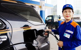 Giá xăng giữ ổn định, giá dầu giảm mạnh