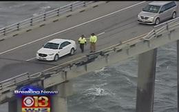 Tài xế bị gió thổi bay xuống cầu thiệt mạng