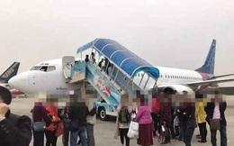 Máy bay quay đầu giữa chừng vì không đóng chặt cửa