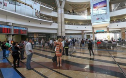 Giả làm cảnh sát, băng đảng cướp hơn 30 tỷ đồng trong container tiền tại sân bay Nam Phi