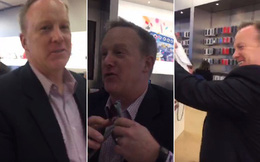 """Người phát ngôn Nhà Trắng bị """"dập tơi tả"""" trong cửa hàng Apple"""