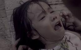 Cha mẹ nào cũng cần xem clip 12 phút ám ảnh này: Đứa trẻ bị bắt cóc bởi kẻ ấu dâm trong tích tắc