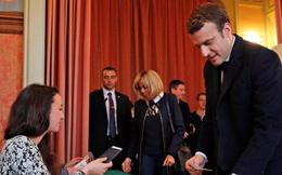 Hai ứng viên Tổng thống Pháp đã đi bỏ phiếu