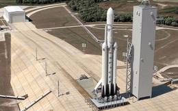 SpaceX đang xây dựng tên lửa mạnh nhất thế giới và gần như đã sẵn sàng để bay