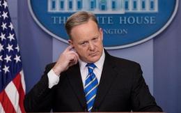 Vì sao ông Sean Spicer dần 'biến mất' khỏi ống kính?