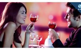 Vợ biết uống rượu bia, thậm chí rủ chồng đi nhậu, gia đình sẽ hạnh phúc hơn