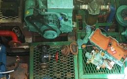 Máy 8 tàu vỏ thép hư hỏng là hàng trôi nổi, cải hoán