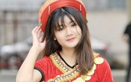 Chùm ảnh: Những bóng hồng xinh đẹp thi tuyển vào Nhạc viện Hà Nội năm nay