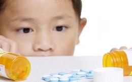 Lạm dụng kháng sinh: Trẻ đối mặt với nhiều rủi ro, nguy hiểm