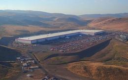 Cùng ngắm nhìn vẻ bề ngoài của siêu nhà máy khổng lồ Tesla Gigafactory rộng tới hơn 5 triệu mét vuông