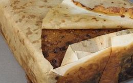 """Khai quật chiếc bánh nướng """"ra lò"""" từ 100 năm trước mà giờ vẫn ăn được! Tại sao vậy?"""