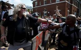 Đâm xe, rơi trực thăng kinh hoàng tại cuộc biểu tình ở Mỹ, nhiều người bỏ mạng