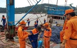 19 ngư dân gặp nạn, hoảng loạn trên biển đã được cứu
