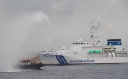 Nhật Bản phun vòi rồng, xua đuổi tàu cá Triều Tiên đáp trả vụ thử tên lửa