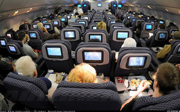 Cẩn thận bị phạt rất nặng nếu bạn làm điều này khi đang ở trên máy bay