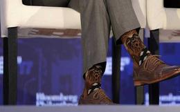 """Thủ tướng Canada gây """"bão"""" với đôi tất cực độc"""