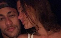 Neymar hôn say đắm Marquezine, lần thứ hai tái hợp bạn gái cũ