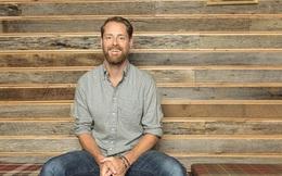Từng đi lau cửa sổ, bỏ dở đại học để kiếm tiền, vị CEO này đã xây dựng nên startup tỷ USD nhờ 3 chiến lược đặc biệt