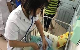 Bé gái sơ sinh bị người mẹ bỏ lại ở Bệnh viện Thanh Nhàn