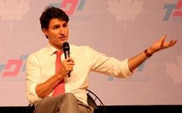 """Thủ tướng Canada nói về mơ ước """"gõ đầu trẻ"""" và sở thích boxing"""