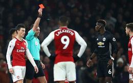 M.U bắn sập Emirates, nhưng vẫn lo derby Manchester