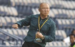 Bóng đá Việt Nam: Đành cố mà lạc quan