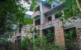 """Đột nhập khu biệt thự thành """"thiên đường"""" của các con nghiện ở Hà Nội"""