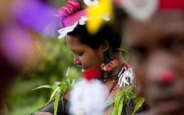 """Chuyện yêu thú vị ở đảo quốc """"nữ quyền"""": Cứ đến mùa khoai, phụ nữ lại đi """"săn trai"""", có những căn lều để ngoại tình thoải mái"""