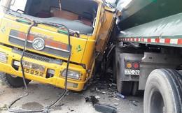 Nghệ An: Xe tải đâm nhau trên cầu vượt Yên Lý, 2 người nguy kịch