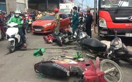TP.HCM: Va chạm liên hoàn, nhiều người bị thương, quốc lộ 1 ùn ứ