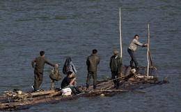 Dân buôn lậu biên giới Trung – Triều lao đao vì cấm vận