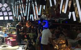 Cảnh sát bao vây 2 quán bar ở trung tâm Sài Gòn, hàng chục thanh niên nháo nhác