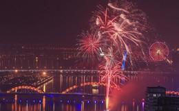 Cả nước đã chào đón năm 2018, pháo hoa rực sáng trên sông Hàn