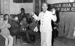 Chủ tịch Hồ Chí Minh với thương binh, bệnh binh và gia đình liệt sĩ