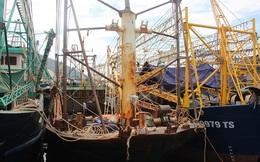 """Bị tố đi đêm để ngư dân rút đơn kiện, công ty đóng tàu vỏ thép: """"Tội"""" cho đơn vị quá!"""