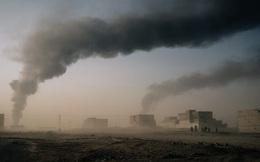 Mosul: Khói đen ngút trời khi IS thiêu hủy tài liệu, chuẩn bị cho ngày đại bại