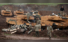 """Thổ Nhĩ Kỳ dội bom Manbij, người Kurd tự """"đá nhau"""" về chuyện mời quân chính phủ tham chiến"""