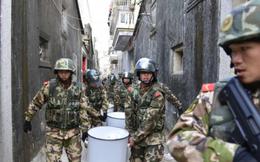 Trung Quốc truy bắt cán bộ giao du với xã hội đen